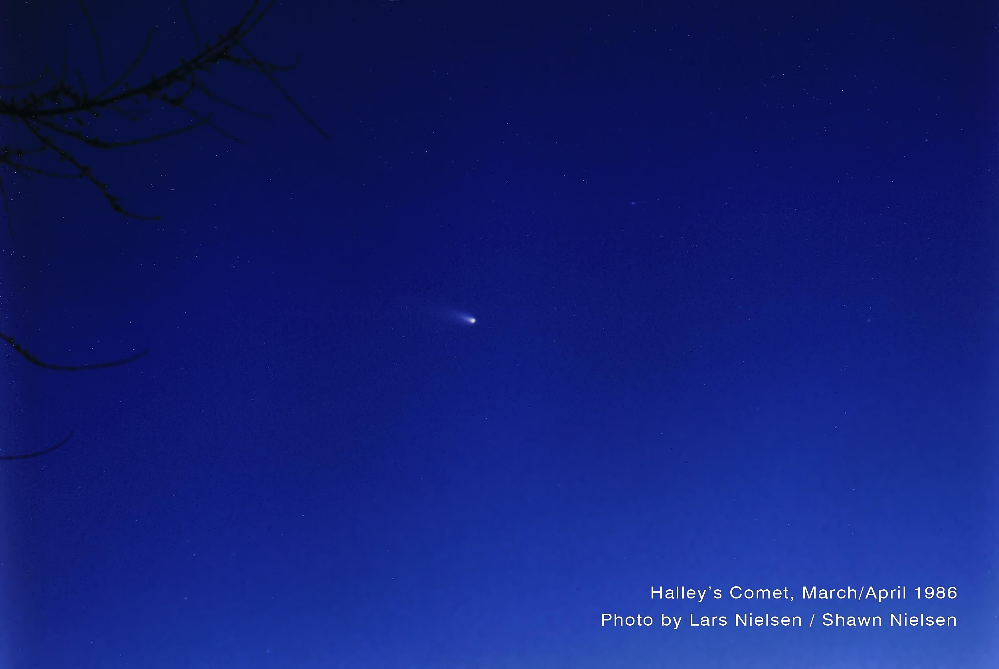 Comet-Halley-Lars_Nielsen-Shawn_Nielsen-1