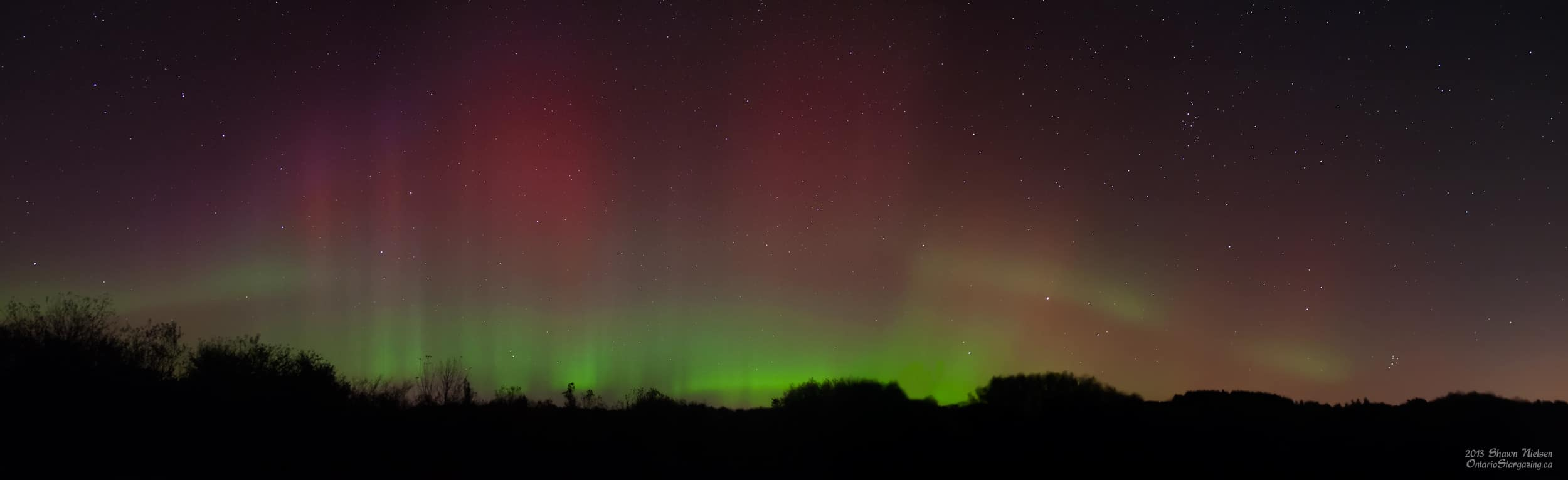 Panorama photo of the entire Northern Lights as seen October 8th, 2013.